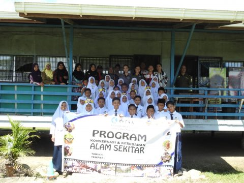 Group photo SK Binuang, Lahad Datu