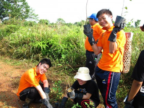 September 2013 Raja Musa Forest Reserve Monthly Tree Planting