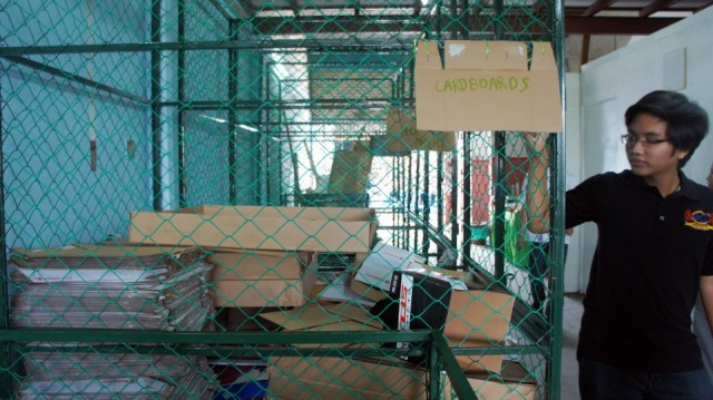 Sorting cages