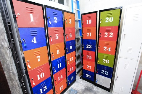 These lockers were old lockers which have been given a fresh facelift with just a few coats of water-based paints. Old lego cubes was used to make the key-chains for these lockers.